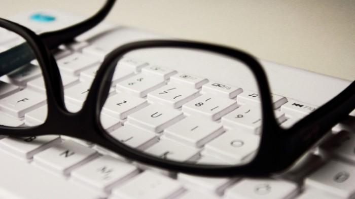 Ochki-Glasses-700x393